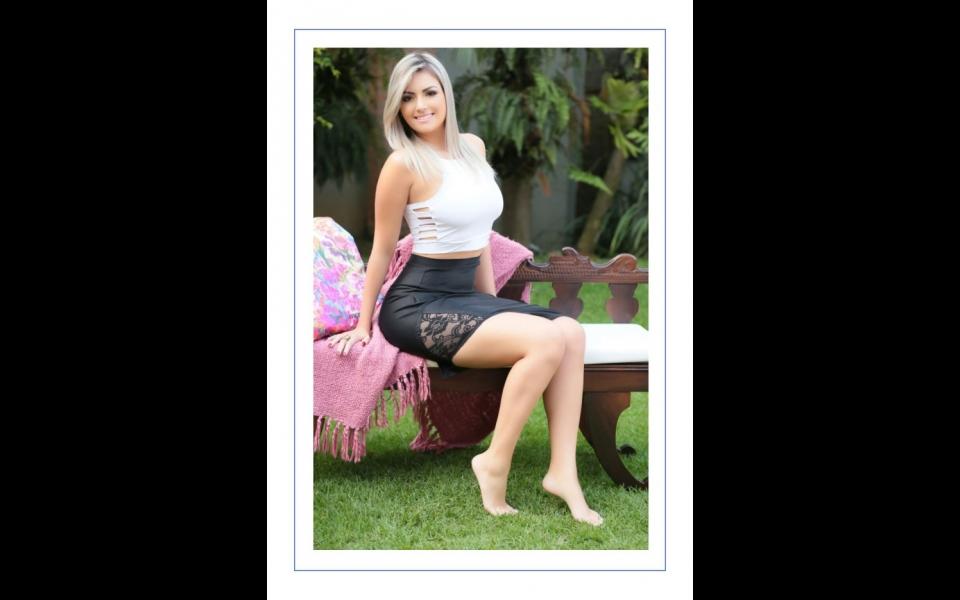 Laura - 968383388